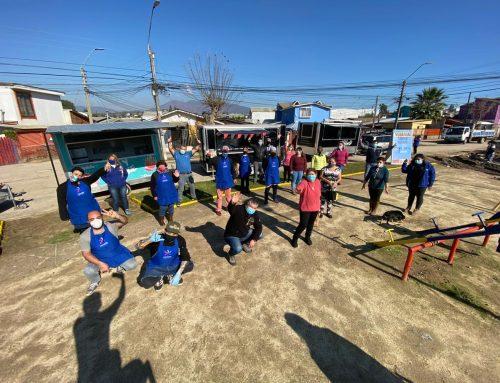 """""""Solidaridad sobre Ruedas"""" es la iniciativa limachina que busca entregar almuerzos a domicilios con foodtrucks locales"""